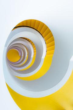 Escalier en colimaçon Université à Lyon 2