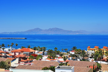 Stores photo Iles Canaries Lobos Island from Corralejo in Fuerteventura, Canary Islands, Sp