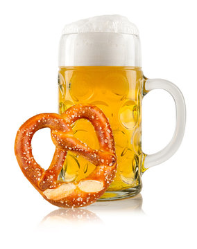 oktoberfest beer with pretzel