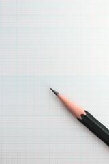 鉛筆と片対数方眼紙