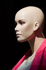 mannequin vitrine chauve