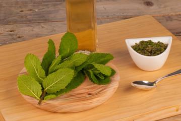Mint sauce ingredients