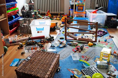 Chaos im kinderzimmer stockfotos und lizenzfreie bilder for Schreibtisch chaos