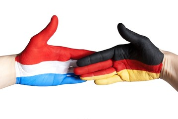 handshake between germany and the netherlands