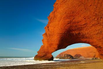 Papiers peints Maroc Red archs on atlantic ocean coast. Marocco