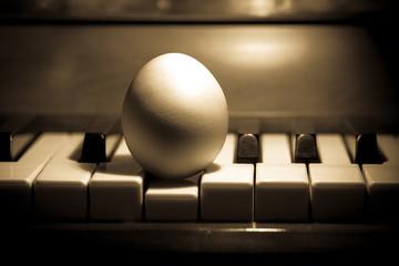 Ei und Klavier