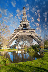 Wall Mural - Paris. Gorgeous wide angle view of Eiffel Tower in winter season