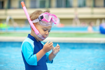 Boy wearing a mask for diving