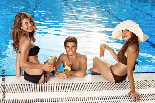 three young beauty queens are having sex in the pool  200527