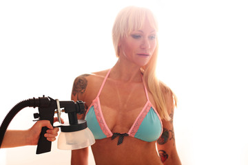 junge Frau mit Bikini