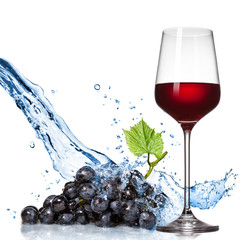 Foto op Canvas Opspattend water Glass of wine with blue grape and water splash isolated on white