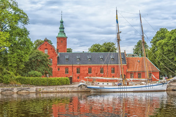 Halstad Castle 03