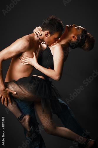 танго голышом фото