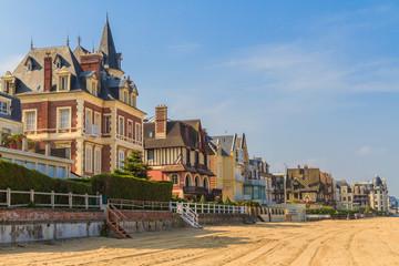 Trouville sur Mer beach promenade, Normandy, France Fototapete
