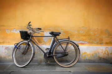 Wall Mural - Italian old-style bycicles