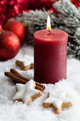 Kerze zu Weihnachten