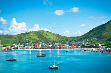 Photo sur Plexiglas Caraibes Beautiful panorama of Philipsburg, Saint Martin, Caribbean Islan