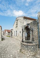 Puy du village de Charroux (03)