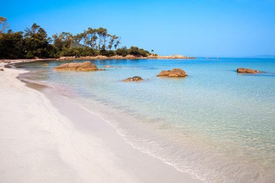 Paysage de Corse, plage à Ajaccio
