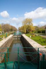Sur le canal de Nantes à Brest à Malestroit