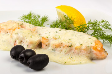 fillet of salmon sauce with black olives