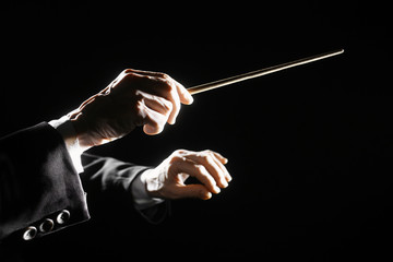 Photo sur Plexiglas Musique Orchestra conductor hands baton
