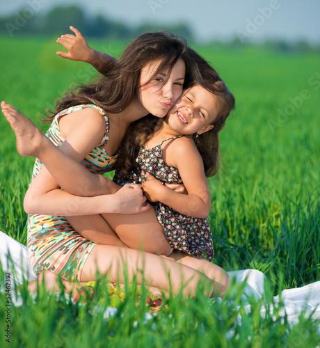 мама с дочкой голые на фото