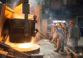 Abstich am Schmelzofen // Steel industry