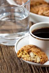 Cantuccini und Espresso