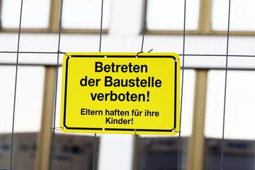 german warning sign