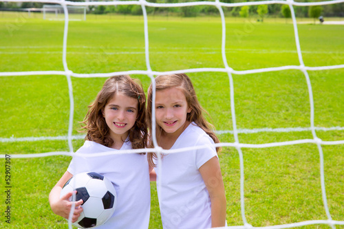 photo of girls playing soccer № 17721