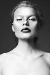 classical black and white beauty woman shot