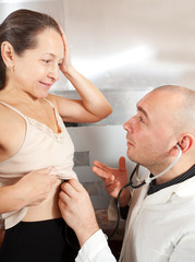 Doctor listening  the patient
