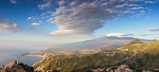 Wall Mural - Panorama of the Etna and the sicilian coastline