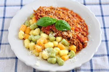 Gnocchi mit Bolognese Sauce