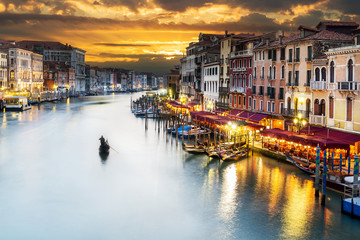 Foto auf Leinwand Venedig Grand Canal at night, Venice
