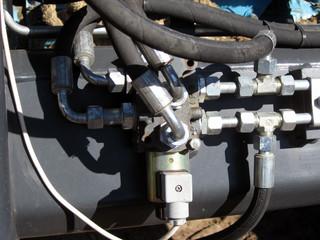 Hydraulic connector 2