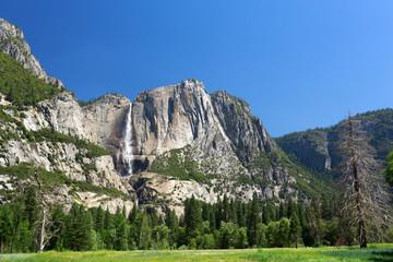 Wall Mural - Yosemite Falls