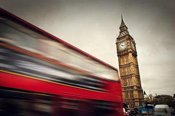 Wall Mural - London, the UK. Red bus in motion and Big Ben