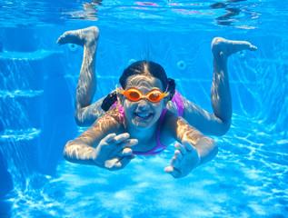 Underwater girl