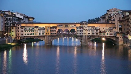 Wall Mural - Ponte Vecchio stone bridge in Florence, Italy