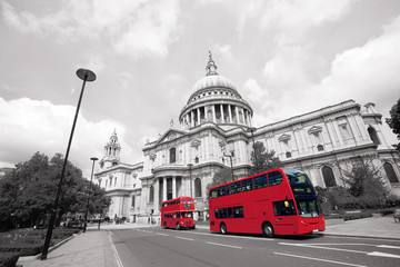 Printed roller blinds London red bus London Routemaster Bus, St Paul's Cathedral