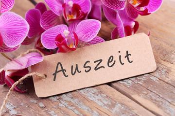 Printed roller blinds Orchid Auszeit - Orchideenblüten und Papierschild auf Holz