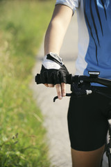 Foto op Plexiglas young woman training on mountain bike and cycling in park