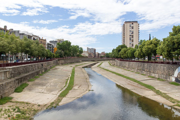 Veduta del fiume Onyar a Girona, Spagna
