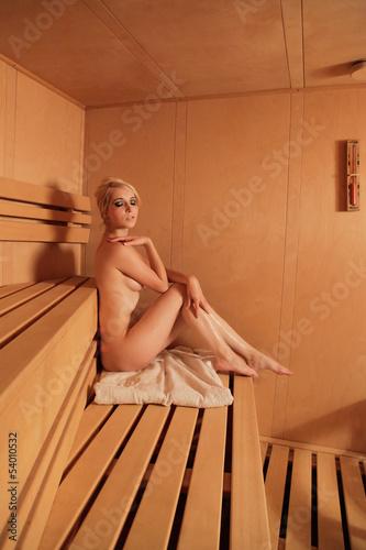 geile frauen in der sauna