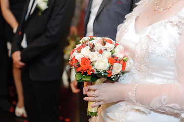 Classic Rose Bouquet and Bride