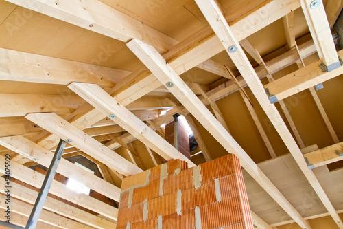 neuer dachstuhl stockfotos und lizenzfreie bilder auf bild 54075599. Black Bedroom Furniture Sets. Home Design Ideas