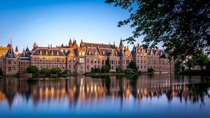 Den Haag Binnenhof met de laatste zonnestralen