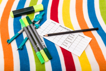 Schulanfang - Zirkel, Stifte und Stundenplan